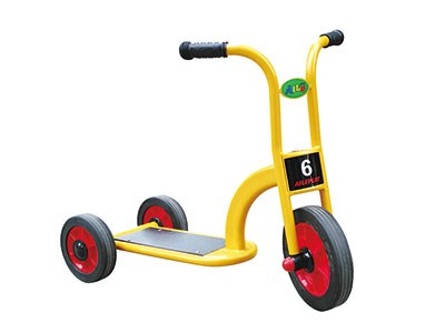 AD-017A Scooter-three wheels
